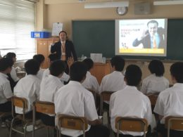 筑紫丘高校 写真1